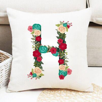 - Kadınlara Özel Çiçek Desenli Harf Yastık