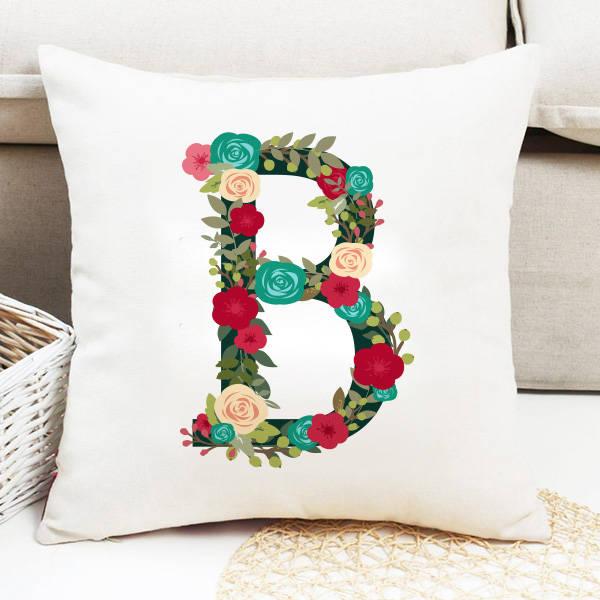 Kadınlara Özel Çiçek Desenli Harf Yastık