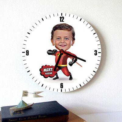 - Kahraman Çocuk Karikatürlü Duvar Saati