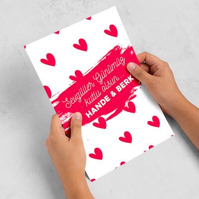 - Kalp Desenli Sevgililer Günü Mektubu