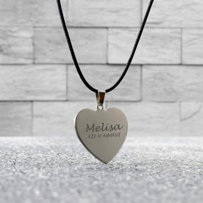 - Kalp Tasarımlı İsme Özel Metal Kolye