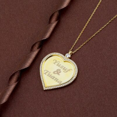 - Kalp Tasarımlı Romantik Kolye