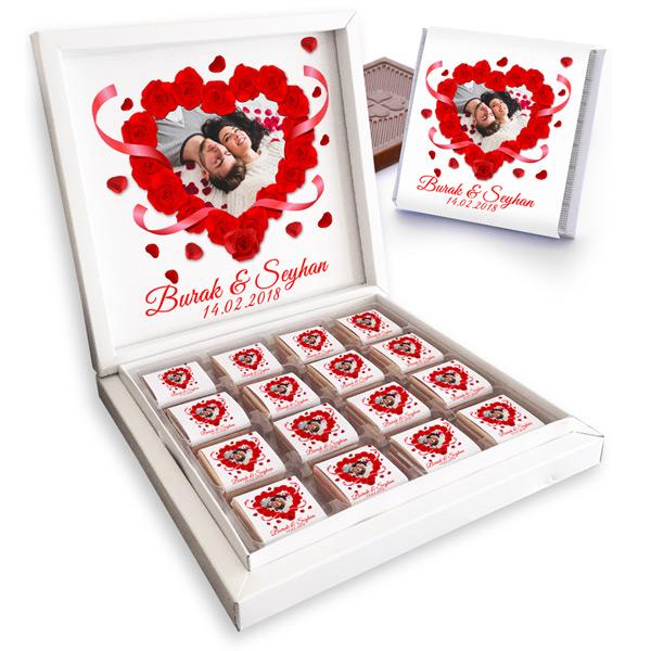 Kalp ve Gül Motifli Sevgili Çikolataları