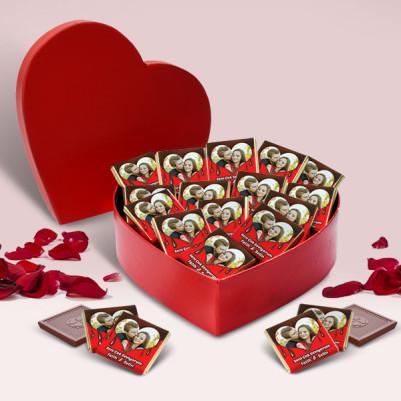 - Kalp Kutuda Fotoğraflı Çikolatalar