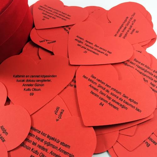 Kalpli Kartlarda Anneler Günü Sözleri