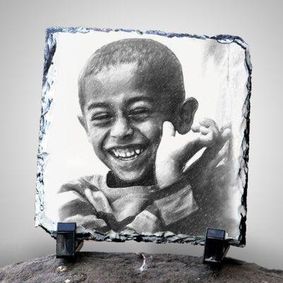Karakalem Portre Efektli Dekoratif Taş - Thumbnail