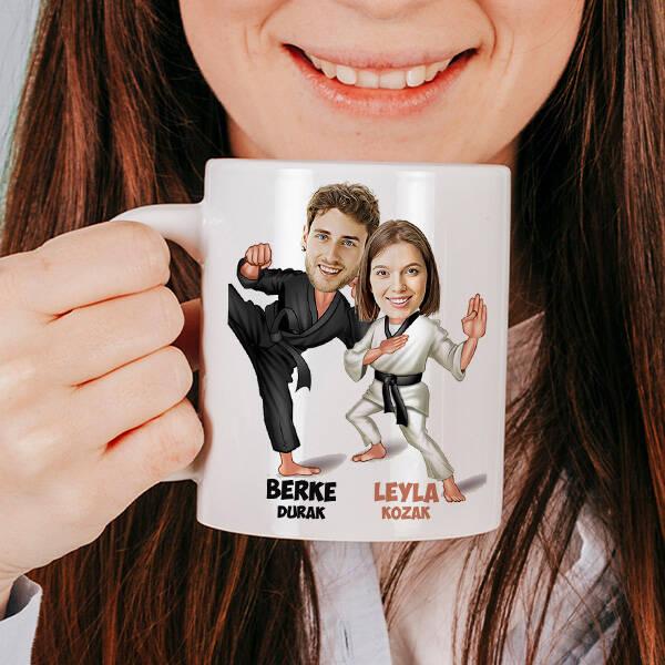 Karateci Sevgililer Karikatürlü Kupa Bardak