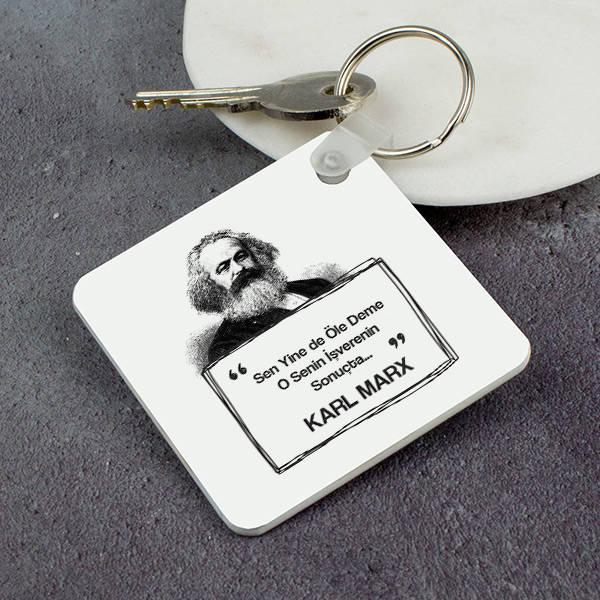 Karl Marx Esprili Anahtarlık