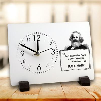- Karl Marx Esprili Masa Saati