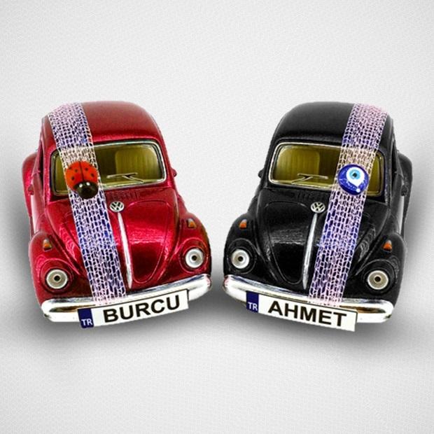 Kırmızı ve Siyah 2'li Vosvos Oyuncak Araba