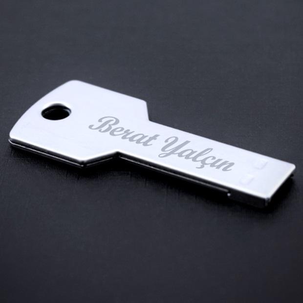 Kişiye Özel Anahtar Şeklinde USB Bellek