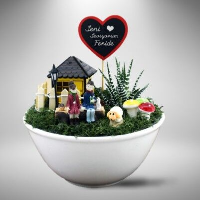 - Kişiye Özel Aşkımızın Mini Bahçesi