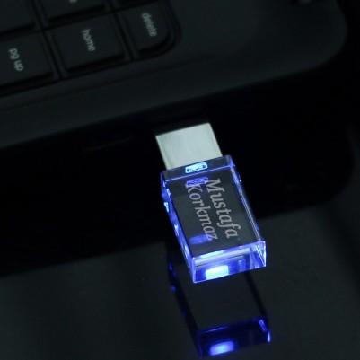 Kişiye Özel LED Işıklı USB Bellek - Thumbnail