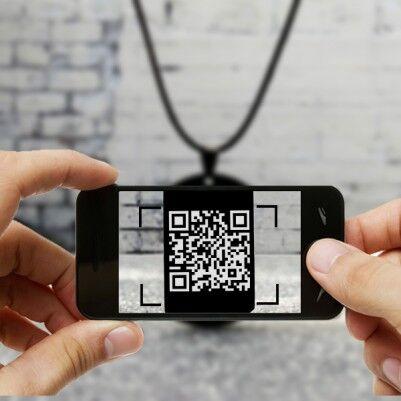 Kişiye Özel Mesajlı QR Kod Kolye - Thumbnail