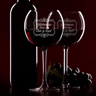 - Kişiye Özel Mesajlı Şarap Kadehi Seti