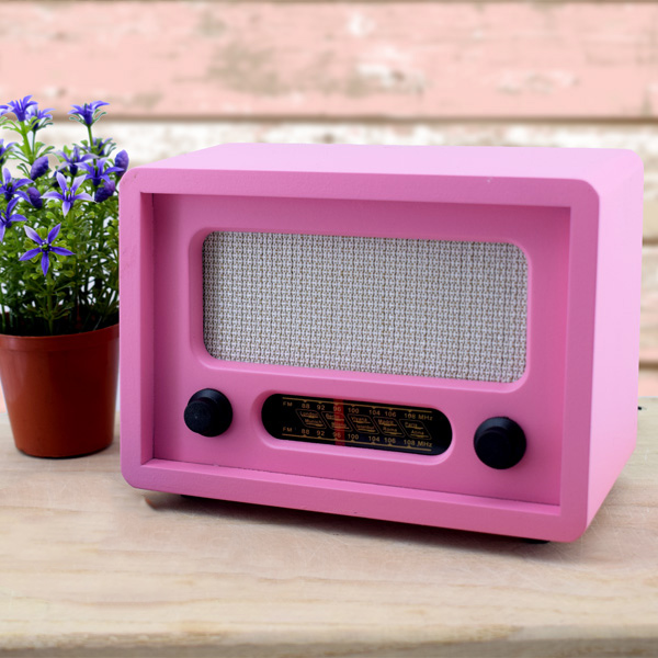 Kişiye Özel Nostaljik Pembe Ahşap Radyo