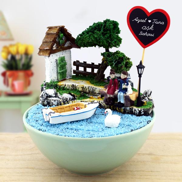Kişiye Özel Romantik Aşıklar Minyatür Bahçe