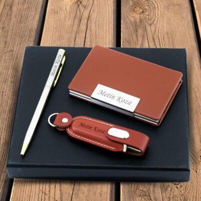 - Kişiye Özel USB Kalem ve Kartvizitlik Seti