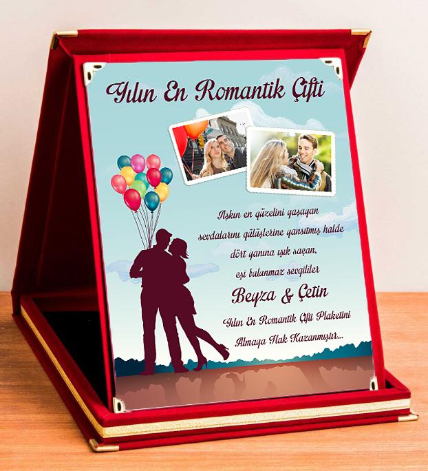 Kişiye Özel Yılın En Romantik Çifti Plaketi