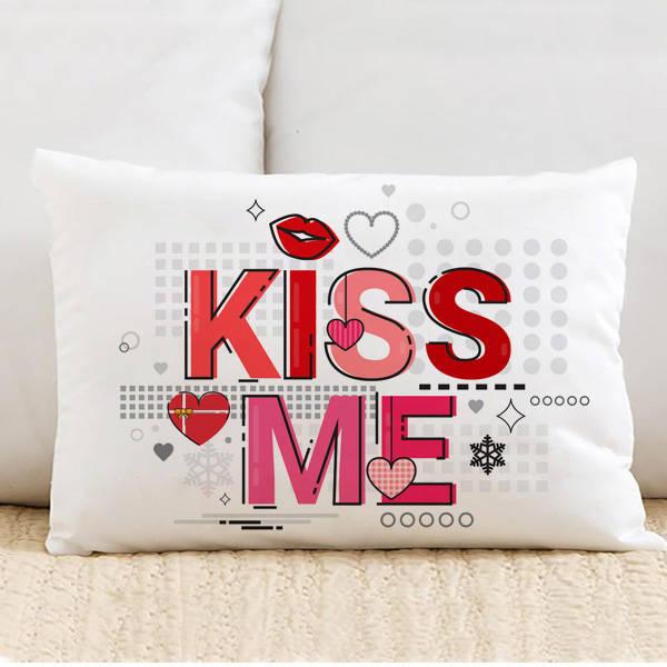 Kiss Me Motto Tasarım Yastık