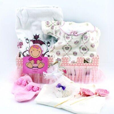 Kız Bebeklere Özel Dolu Dolu Hediye Sepeti - Thumbnail