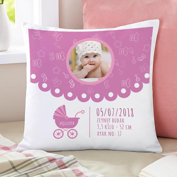 Kız Bebeklere Özel Fotoğraflı Kare Yastık