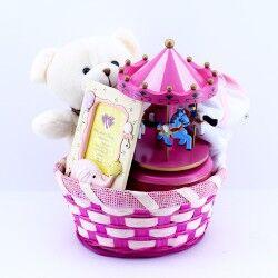 - Kız Bebeklere Sevimli Hediye Sepeti