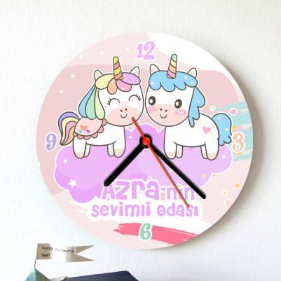 - Kız Çocuklara Özel Şirin Duvar Saati