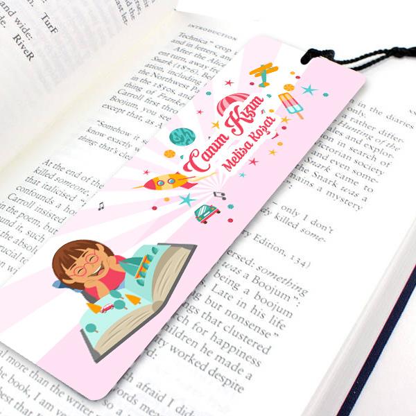 Kız çocukları için Kitap Okuma Ayracı