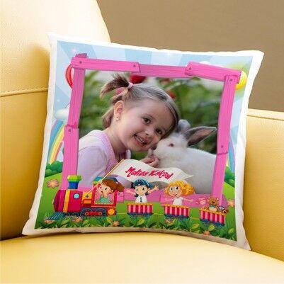 - Kız Çocukları için Resimli Yastık
