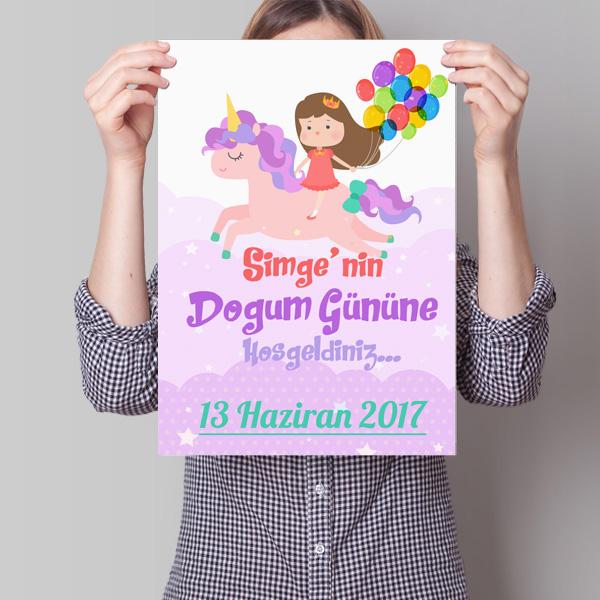Kız Çocuklarına Özel Poster