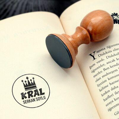 - Kral Arkadaşım İsimli Kitap Mührü