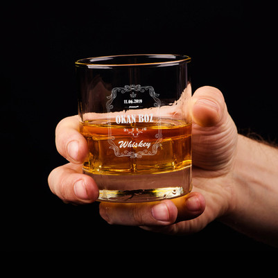 - Kral Tacı İsimli ve Tarihli Viski Bardağı