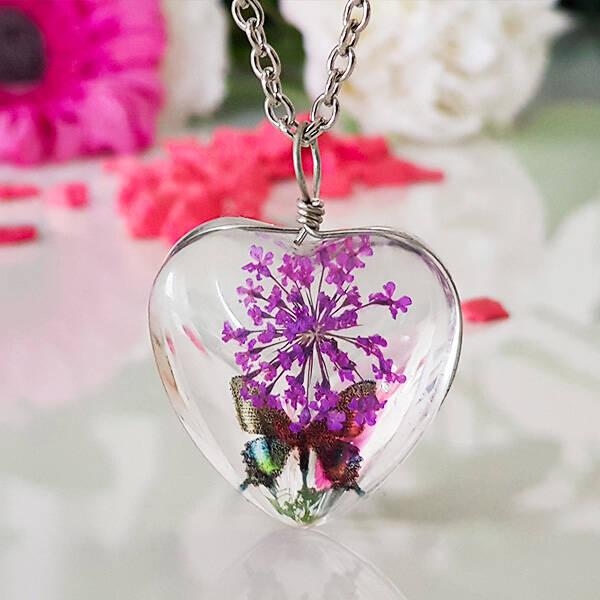 Kurutulmuş Çiçek Kolye Kalp Tasarımlı YK63