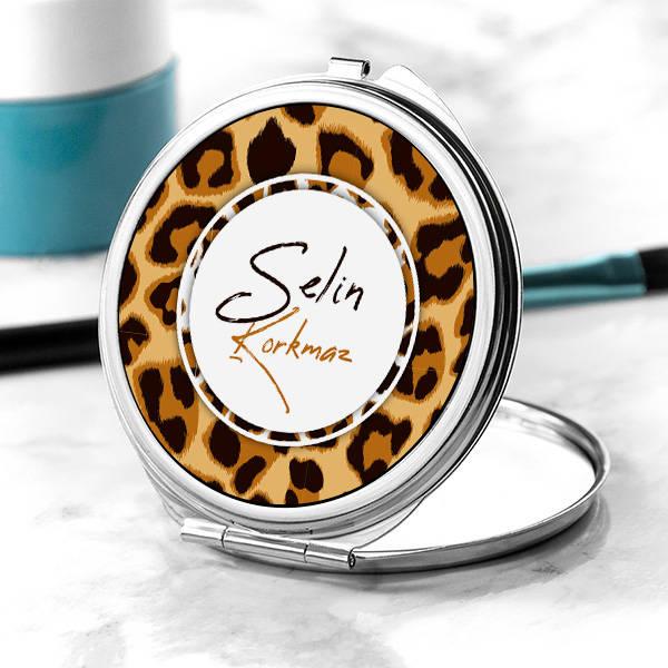 Leopar Tasarımlı İsimli Makyaj Aynası