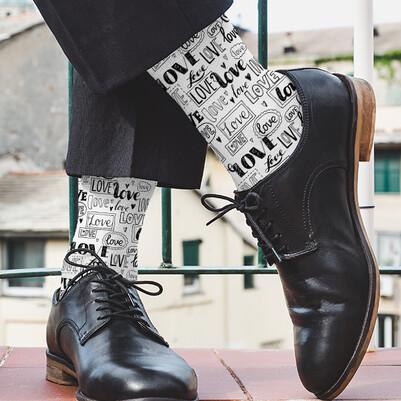 Love Desenli Romantik Erkek Çorabı - Thumbnail