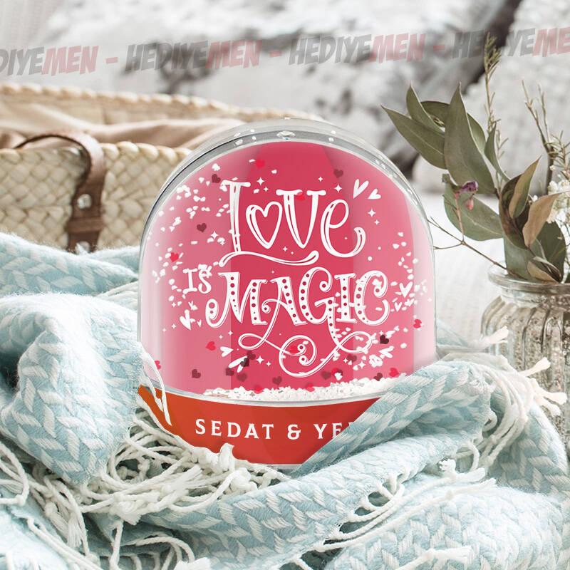 Love İsme Özel Kar Küresi