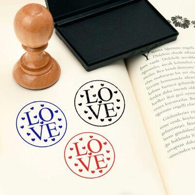 - Love Kitap Damgası