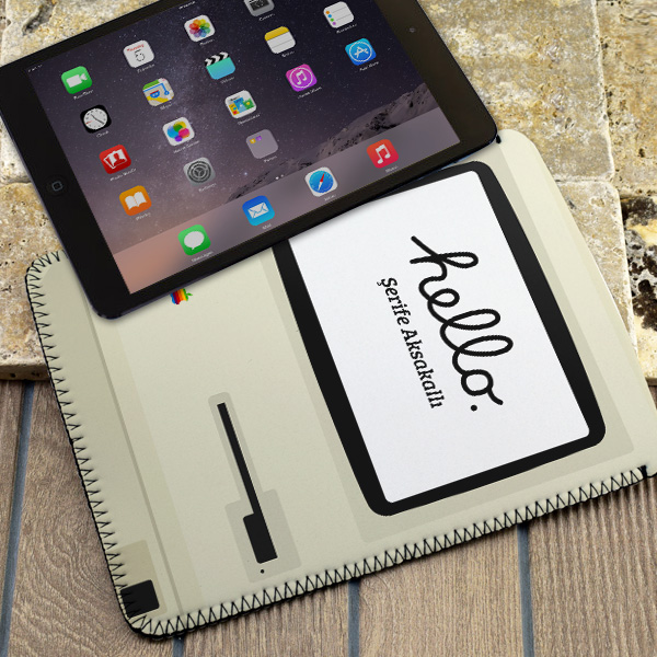 Macintosh Tasarımlı iPad Kılıfı