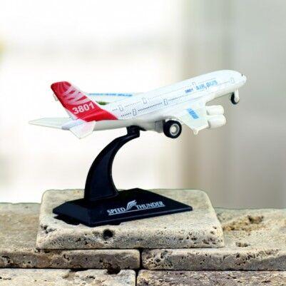 Masa Üzeri Uçak Maketi - Thumbnail