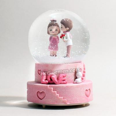- Mutlu Aşıklar Sevgiliye Hediye Kar Küresi K01