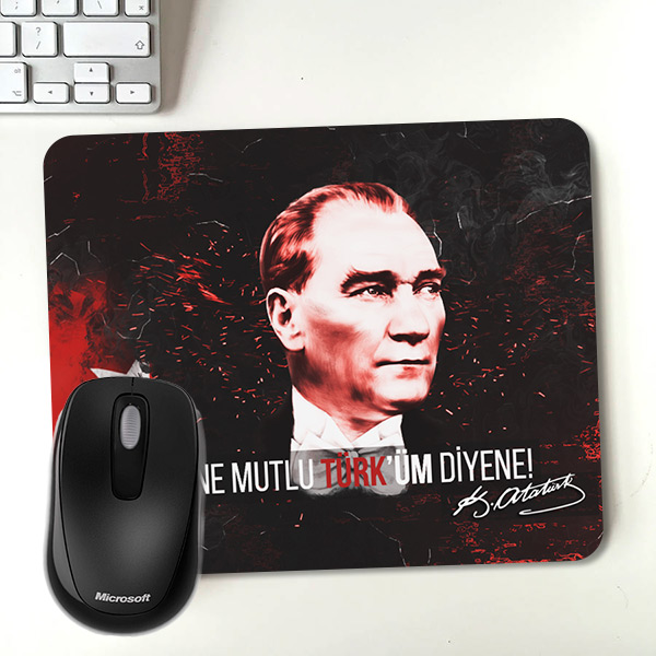 Ne Mutlu Türküm Diyene Mousepad
