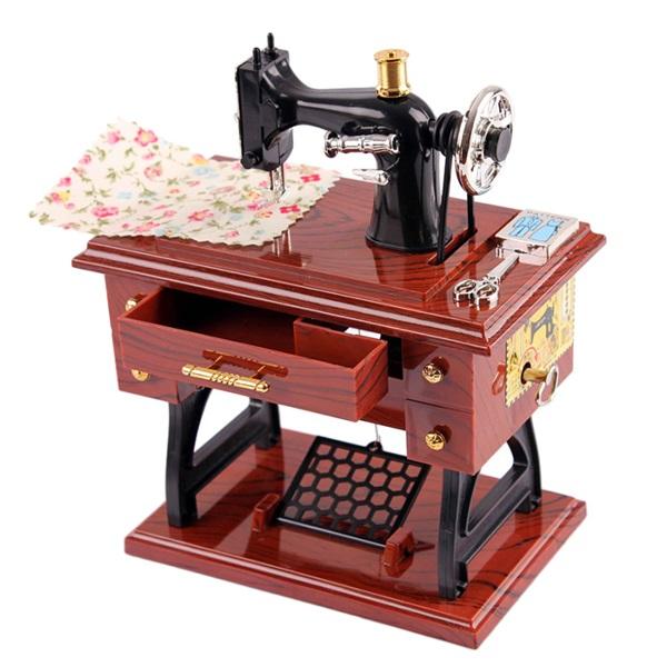 Nostaljik Dikiş Makinesi Müzik Kutusu