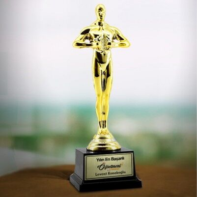 - Öğretmeninize Özel Hediye Oscar Ödülü