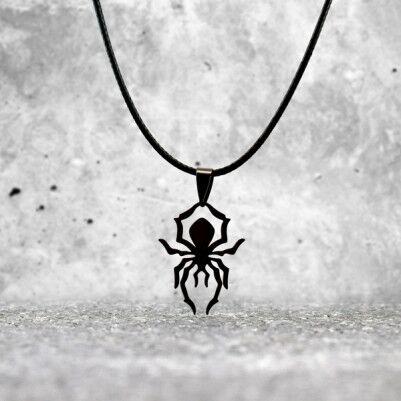 - Örümcek Tasarımlı Metal Kolye