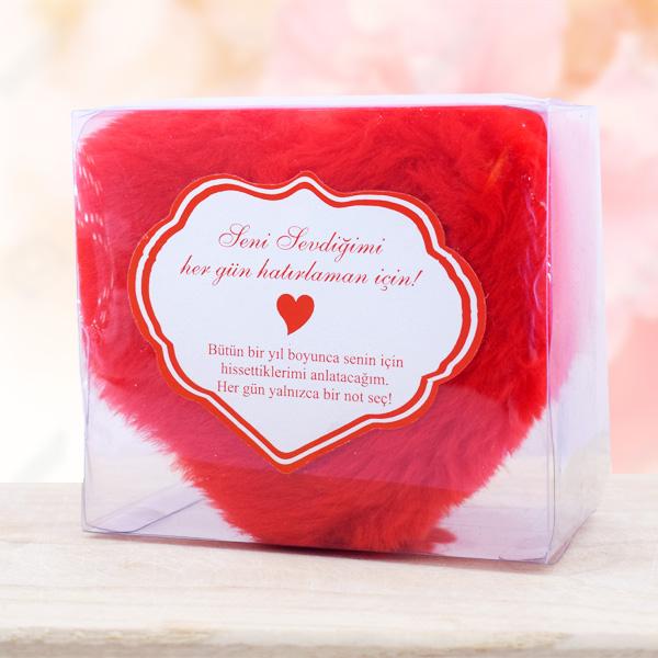 Peluş Kalp Kutuda 365 Adet Aşk Sözleri