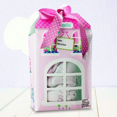 - Pencere Şeklinde Kız Bebek Hediye Seti