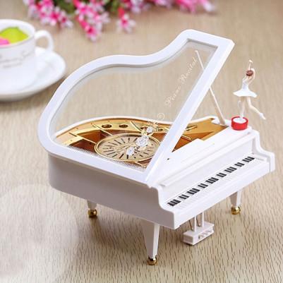 - Piyano Tasarımlı Müzik Kutusu
