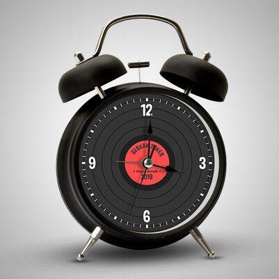 - Plak Tasarımlı İsimli Çalar Saat