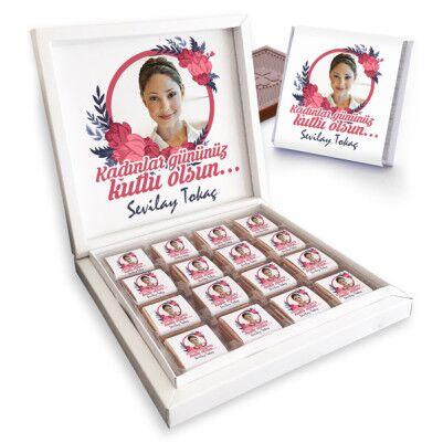 - Resimli ve Mesajlı Kadınlar Günü Çikolatası